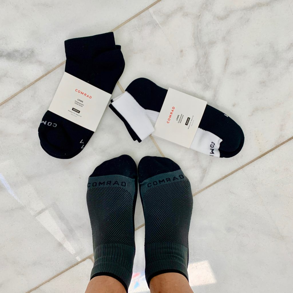 Thanks to Comrad, compression socks have come a long way, baby! They now look more department store than drugstore. And they now make athletic socks too. Check out my review & discount code. | www.grownupdish.com